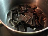 Nakoščkano čokolado ....