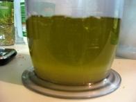 Sok limone in olivno olje, pripravljena na nove okuse.