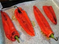 Pečene paprike.