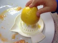 Ožemanje limone