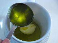 ... 2 žlici olivnega olja ...