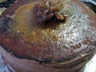 Gornji del torte premažemo z marmelado.