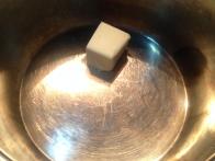 Maslo razpusti ...