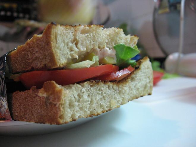 Tunin sendvič
